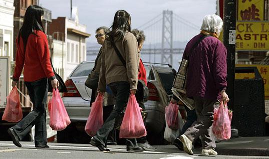 Nakupování, igelitové tašky