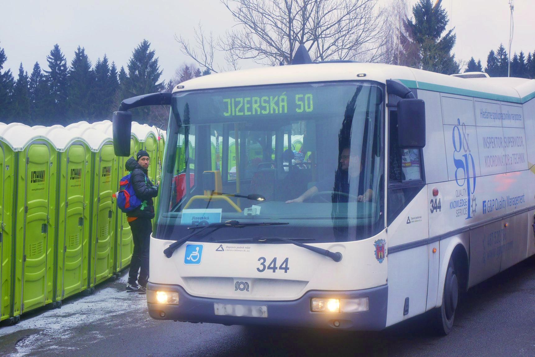 Závodníky budou z Liberce, Jablonce a Janova nad Nisou do Bedřichova vozit speciální autobusy