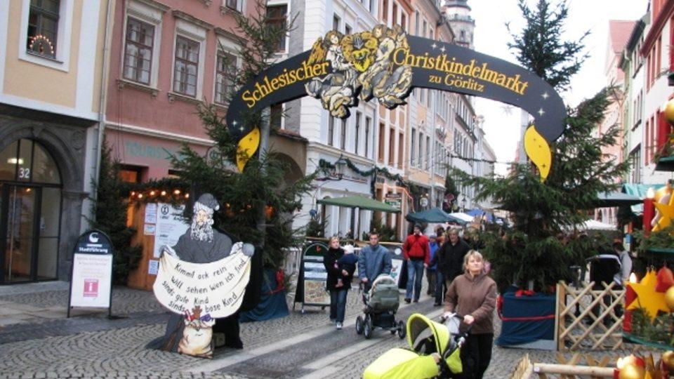 Vánoční výzdoba a trhy ve Zhořelci