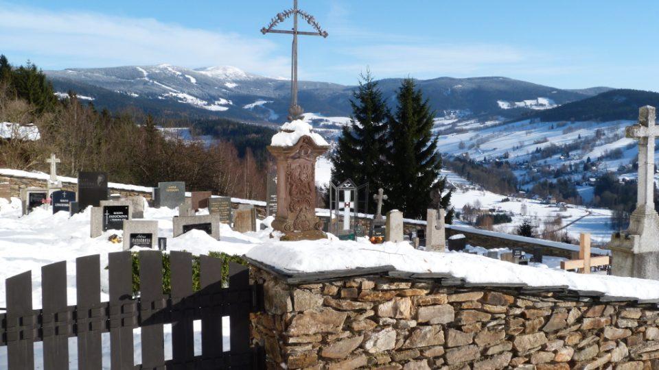 Paseky nad Jizerou, kraj Krakonoše a lyžníků