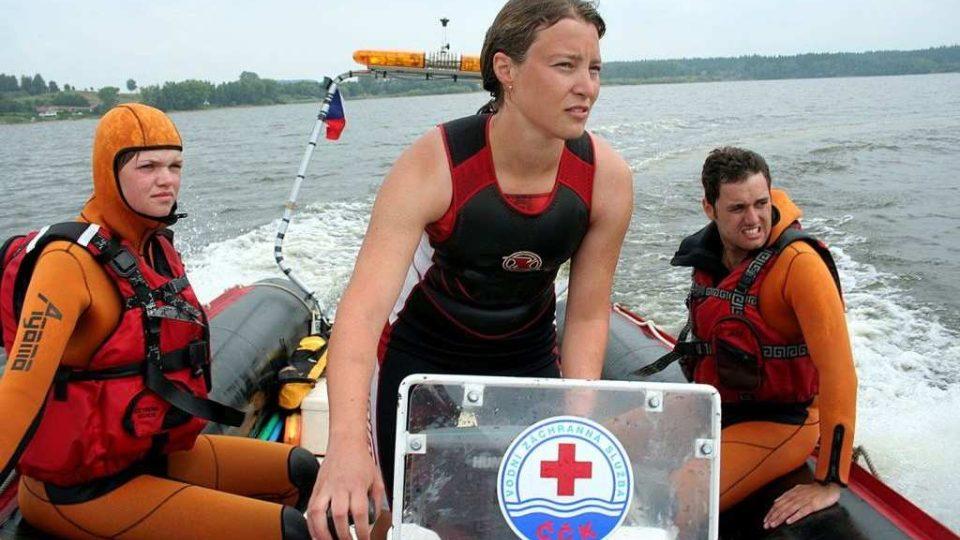 Vodní záchranáři na Lipně