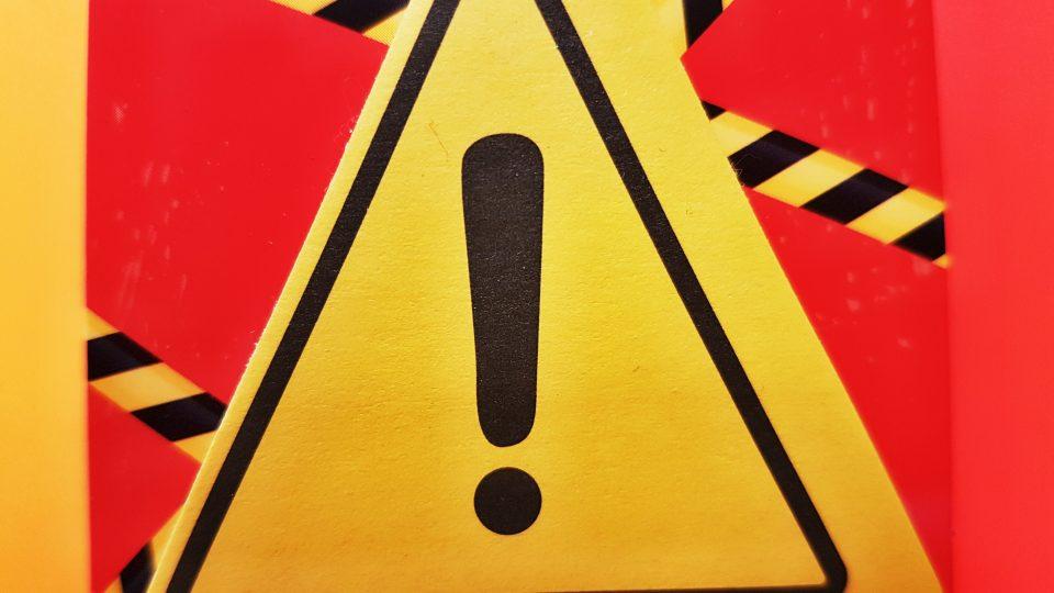 Upozornění, dopravní nehoda (ilustr. foto)