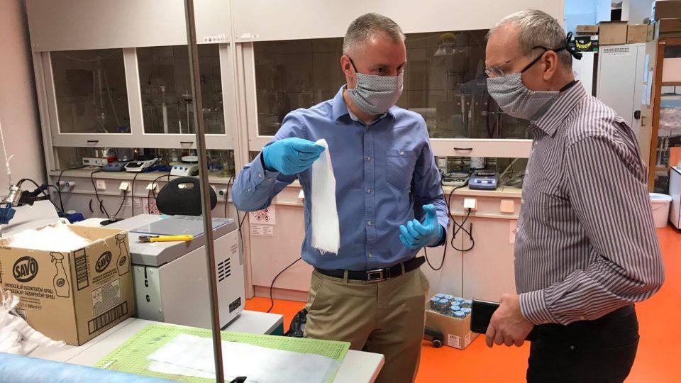 Nanofiltry vyrábí vědecký tým Technické univerzity v Liberci.
