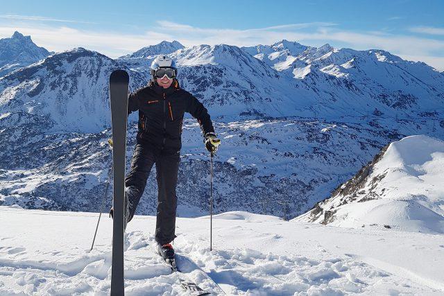 Výrobce lyží Milan Luštinec testuje své vlastní výrobky | foto: Milan Luštinec