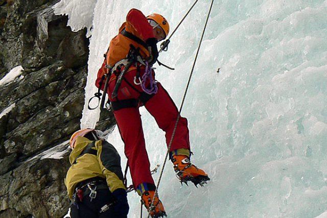 Horská služba cvičí na Veverkově ledopádu