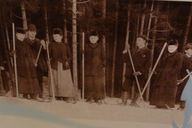 Lyžaři z Krkonoš