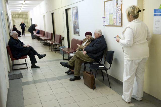Zákaz návštěv odvolaly nemocnice v Jablonci a v České Lípě  (ilustrační snímek) | foto: Filip Jandourek