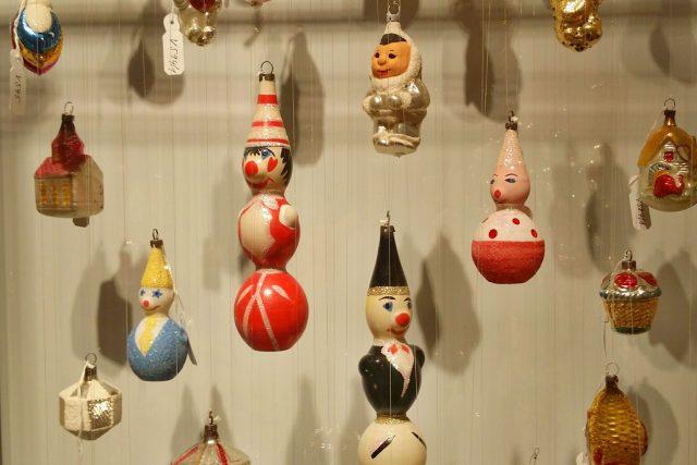 Křehká krása vánočních ozdob ze sbírek Muzea skla a bižuterie v Jablonci nad Nisou | foto: Šárka Škapiková,  Český rozhlas