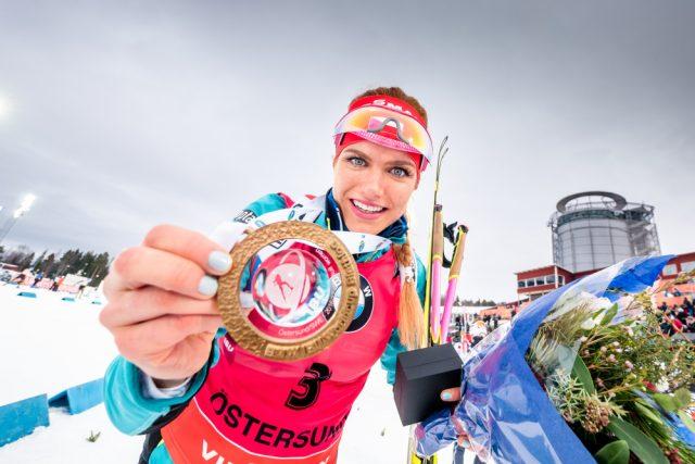 Biatlonistka Gabriela Koukalová s prvním zlatem v letošním ročníku Světového poháru