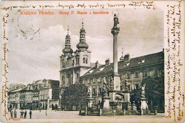 Jaroslav Hrůza, královéhradecký sběratel a fotograf. Jeho úžasná sbírka starých pohlednic Hradce Králové