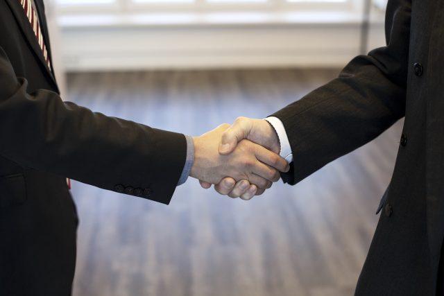 V Semilech vzniká široká koalice,  v České Lípě se dohodly čtyři strany  (ilustrační snímek)   foto: Fotobanka Pixabay