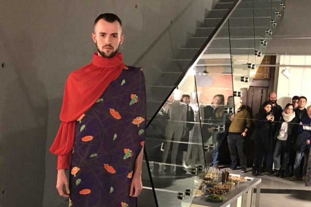 Módní přehlídka studentů Katedry designu textilní fakulty Technické univerzity v Liberci  | foto: Lucie Fürstová,  Český rozhlas
