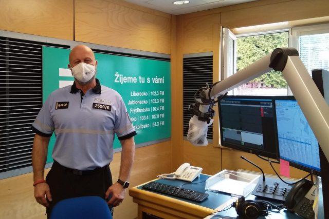 Krajský ředitel policie Libereckého kraje Ondřej Musil v našem studiu | foto: Hana Hauptvogelová,  Český rozhlas