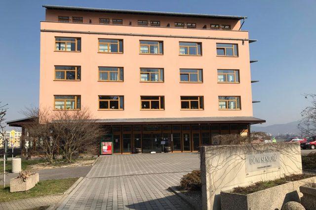Dům seniorů Liberec - Františkov je největším domovem v Libereckém kraji | foto: Lucie Fürstová,  Český rozhlas