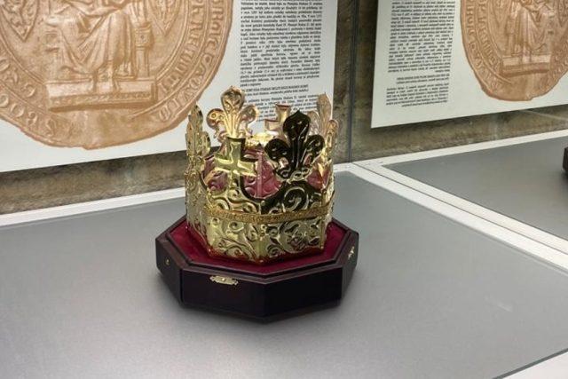 V turnovském muzeu vystavují kopii pohřební koruny krále Přemysla Otakara II.