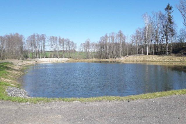 Obnovený rybník Pod Hůrkou nedaleko Višňové   foto: Václav Vacek