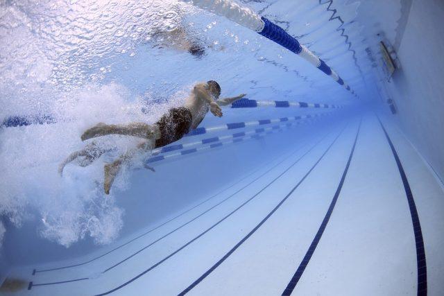 Plavec, bazén (ilustrační foto)