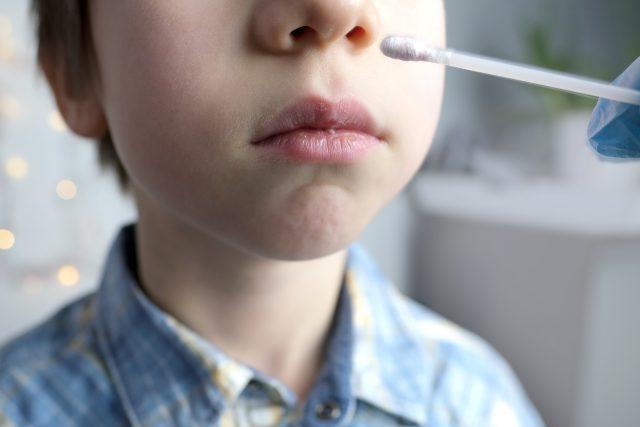 Testování dětí na covid-19  (ilustr. obr.) | foto: Profimedia