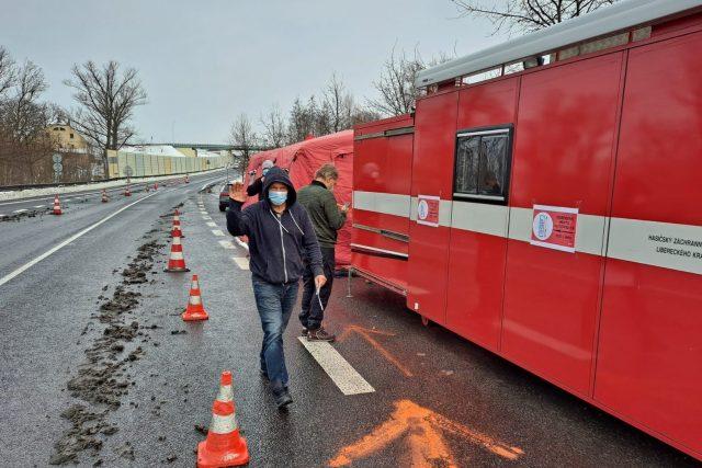 Hasiči postavili testovací místo u hranic | foto: Eva Malá,  Český rozhlas