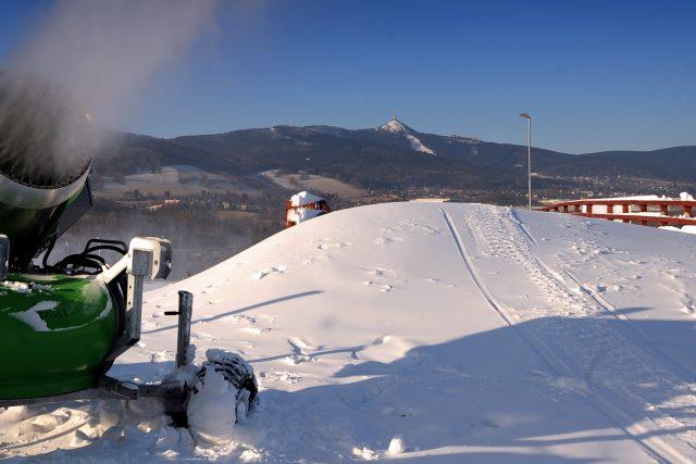 Příprava areálu Vesec před Mistrovstvím světa v klasickém lyžování v roce 2009