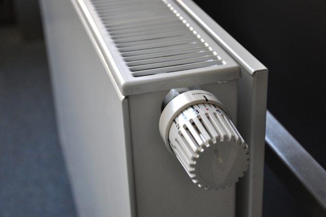 Náklady na topení můžeme snížit zateplením