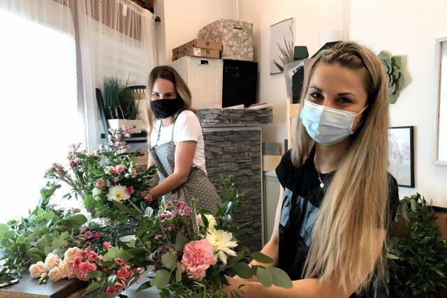 Snoubenci si na svatbu objednali květiny za víc než 30 000 korun