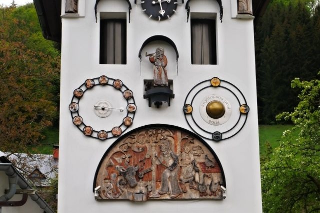 Vesnický orloj v Kryštofově Údolí   foto: Pavel Petr,  Český rozhlas