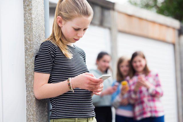 Kyberšikana může potkat každého. Jak proti ní bojovat? | foto: Shutterstock