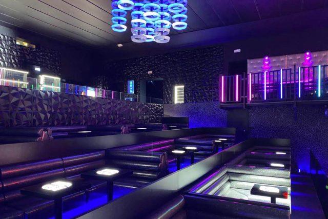 Zrekonstruovaný bar v bývalém libereckém kině Lípa jeho majitel už ani nestihl otevřít