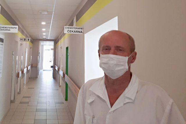 Primář liberecké onkologie MUDr. Jiří Bartoš | foto: Ivana Bernáthová,  Český rozhlas