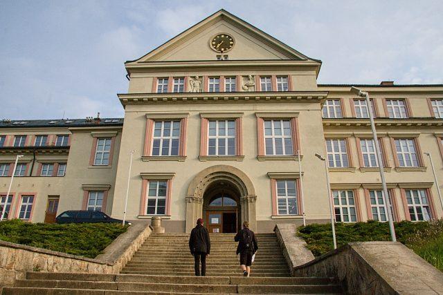 Střední průmyslová škola sklářská v Železném Brodě