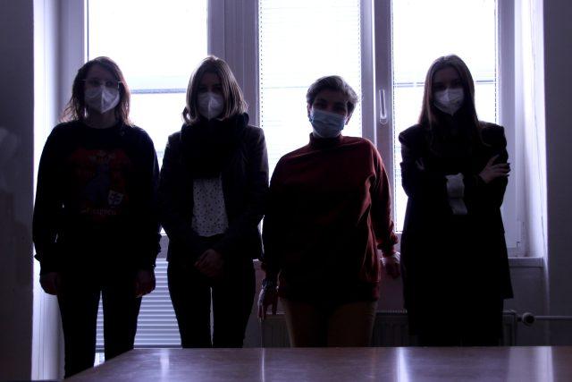 Část skupiny běloruských studentů,  kteří jsou teď na liberecké univerzitě | foto: Technická univerzita v Liberci