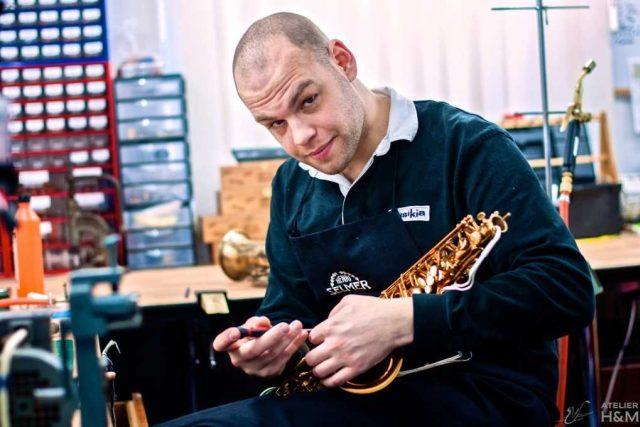 Jan Provazník, opravář saxofonů