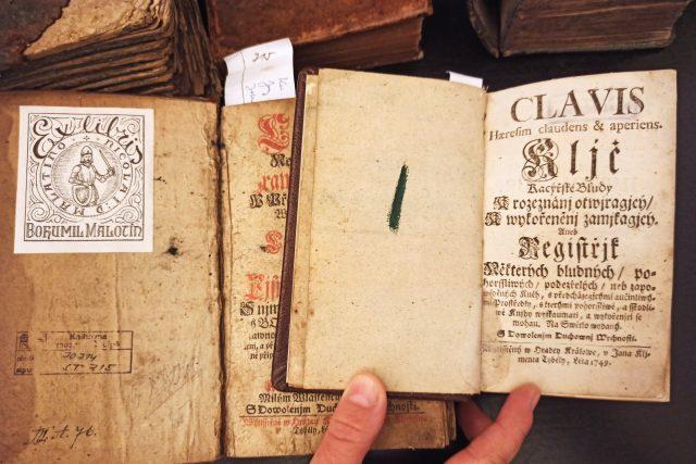Libri prohibiti - příběhem zakázaných knih a cenzury si v českolipském muzeu připomínají měsíc knihy