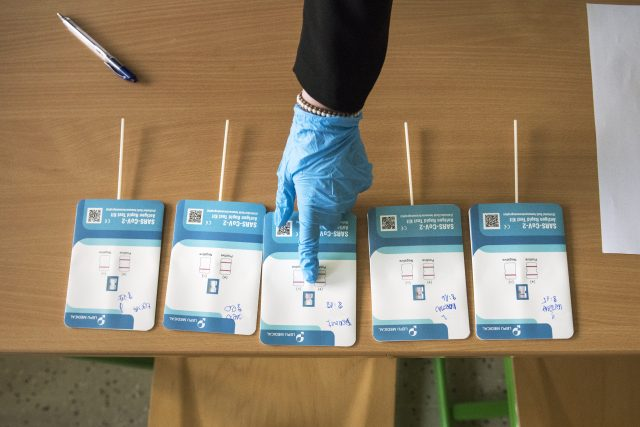 Testování žáků na covid-19, testy Lepu Medical